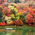 嵐山の紅葉の時期と穴場スポット、朝一番で混雑回避を!
