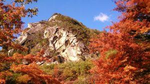 昇仙峡の紅葉の時期や見頃、混雑回避は朝早くがベスト!